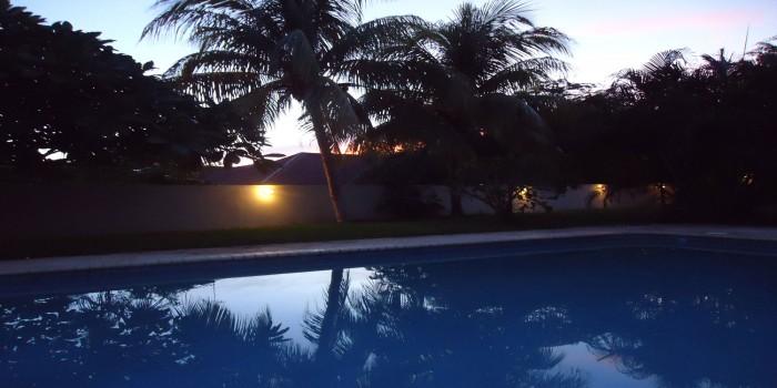 Zonsondergang zwembad